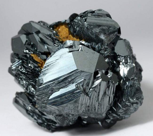 hematite-clairemedium