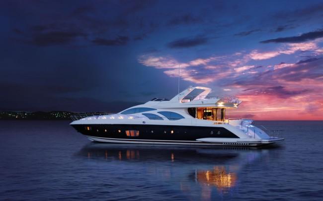 yacht-clairemedium