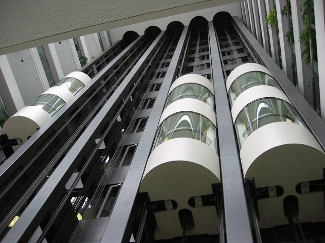 ascenseur-clairemedium