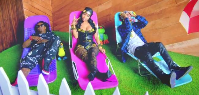 IlluminatiWatcherDotCom-Senile-Illuminati-Moloch-Nicki-Minaj-horns