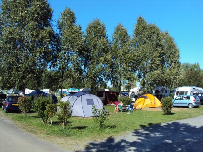 camping-clairemedium