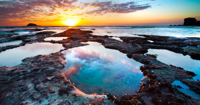 new_zealand_sunset_sun_sea
