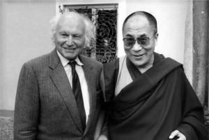 H. Harrer en compagnie du Dalaï Lama