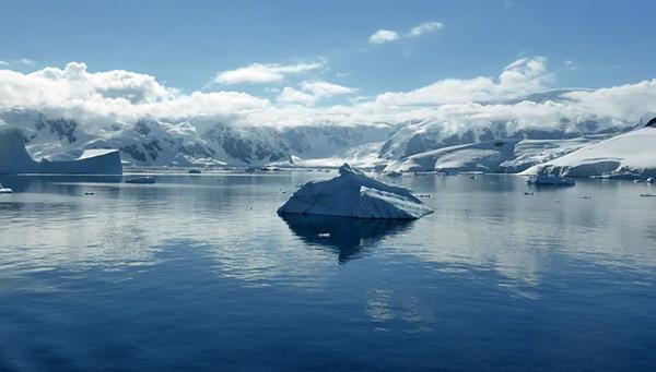 antarctique-glace-icebergs