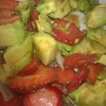 Salade avocat et fraises