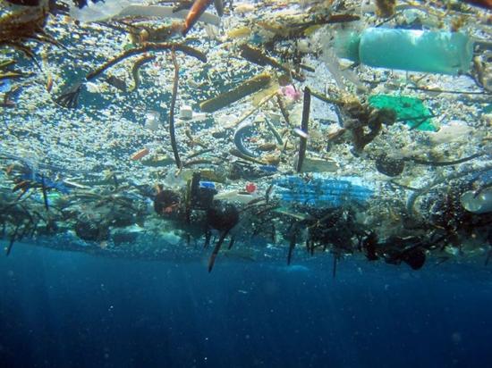 déchets en mer