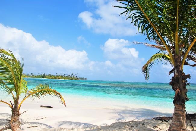 Îles San Blas au Panama, non cette photo n'est pas retouchée ou ne vient pas d'une banque d'images. Crédits photo : Jessica Lebbe.