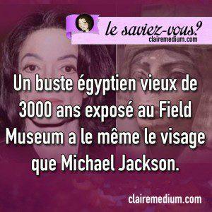 Le saviez-vous ? Michael Jackson et son buste égyptien.
