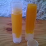 Stick à lèvre à l'orange
